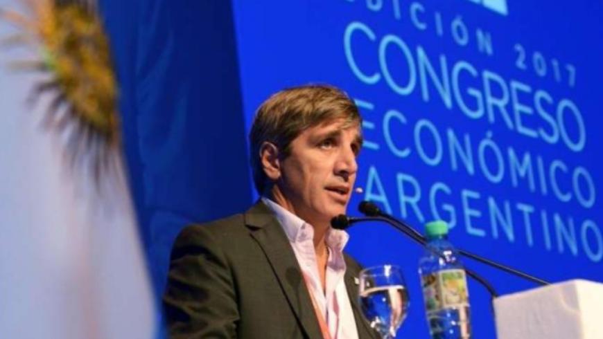 """El País Digital: """"Fuertes críticas de los economistas al bono a 100 años"""""""